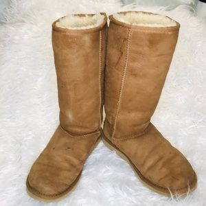 UGG Australia Chestnut Classic Tall Boots Size 8W